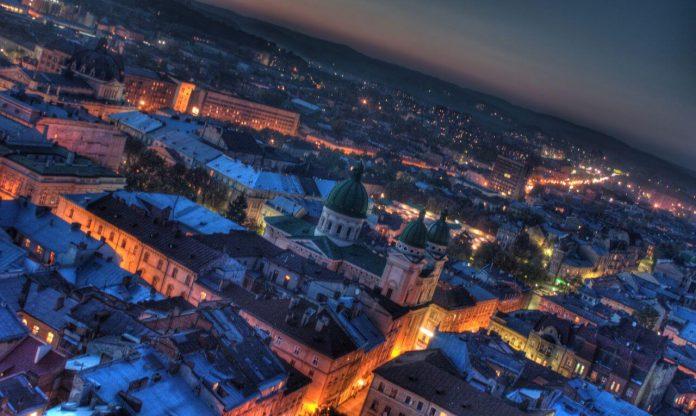 Wyjazdy na Ukrainę, Ukraina nocą